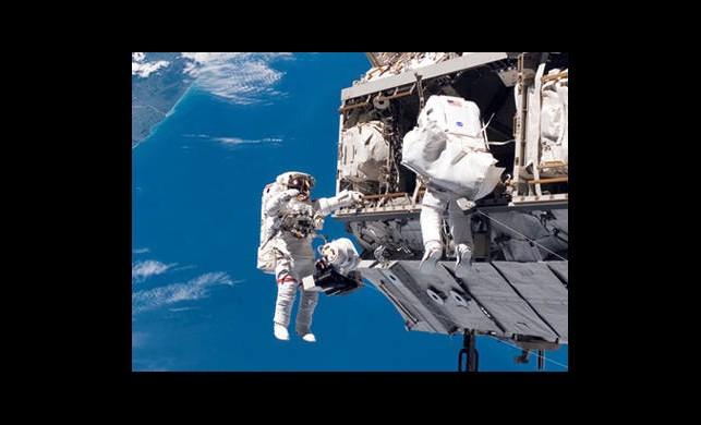 İstasyonda Uzay Çöpü Korkusu