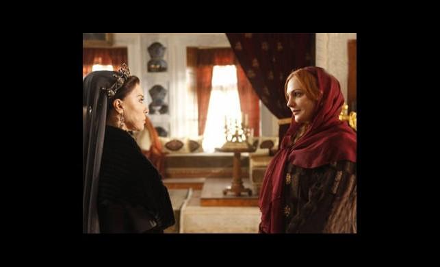 Valide Sultan, Hürrem'e Kızdı!