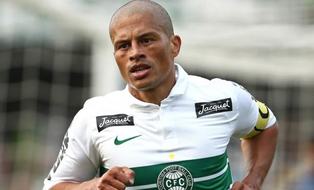 Alex de Souza'ya büyük onur