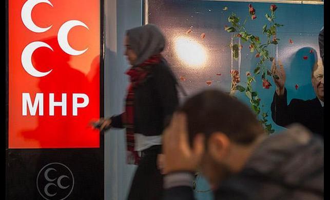 MHP'nin oyları eridi!