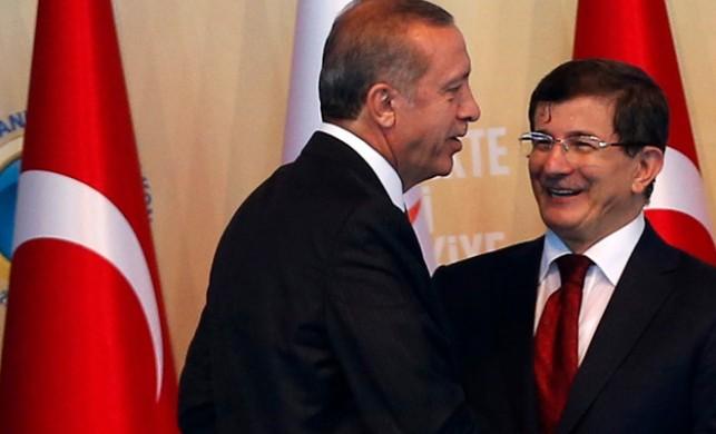 Başbakan Davutoğlu'ndan Erdoğan'a tweet