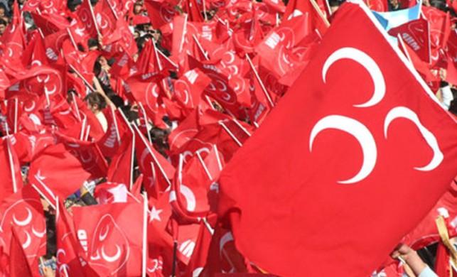 MHP'de ard arda iki istifa