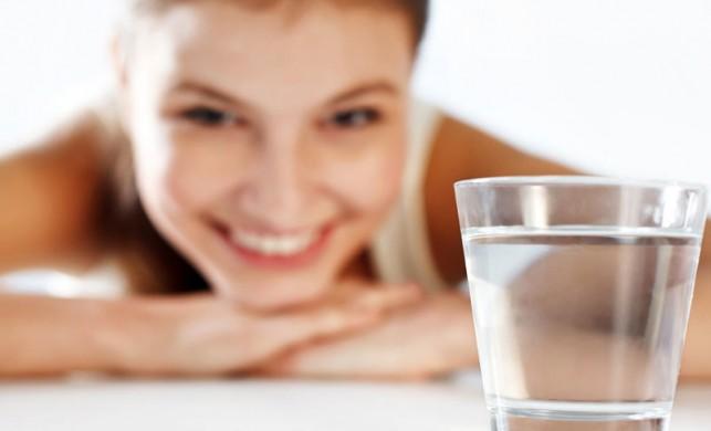 Sıcak su içmenin faydaları
