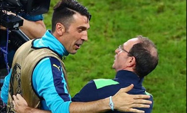 Buffon ile İrlandalıların sarmaş dolaş görüntüsü şaşırttı!
