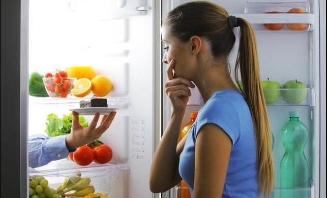 Uyku düzensizliği ve üzüntünün gece yemelerinde büyük etkisi