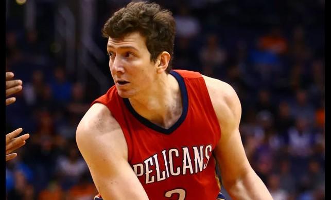 Milli basketbolcumuz Ömer Aşık'ın son hali görenleri üzdü!