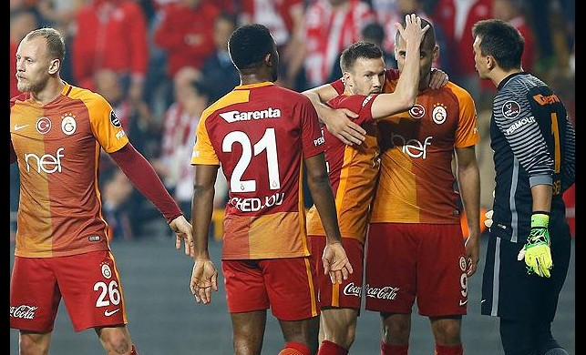 Galatasaray 7 ismi kadrosuna katmak istiyor