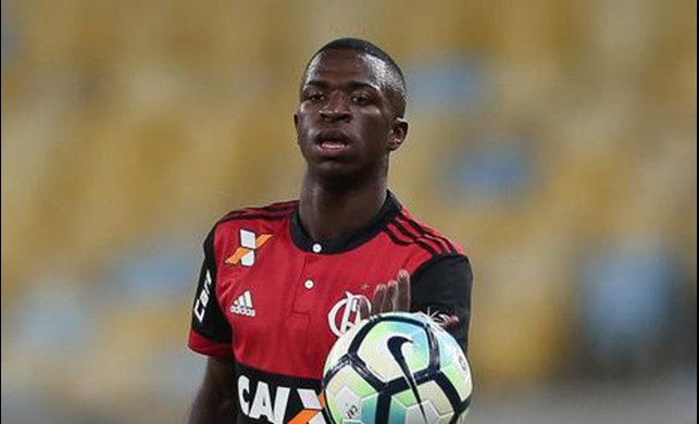 Real Madrid 50 milyon Euro'ya Vinicius Junior transfer etti!
