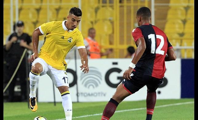 Fenerbahçe Cagliari'yi Valbuena ile geçti!