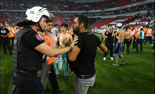 Beşiktaş'ın ve Konyaspor'un cezaları belli oldu!