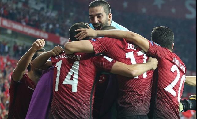 A Milli Takım kadrosunda Sabri Sarıoğlu sürprizi!