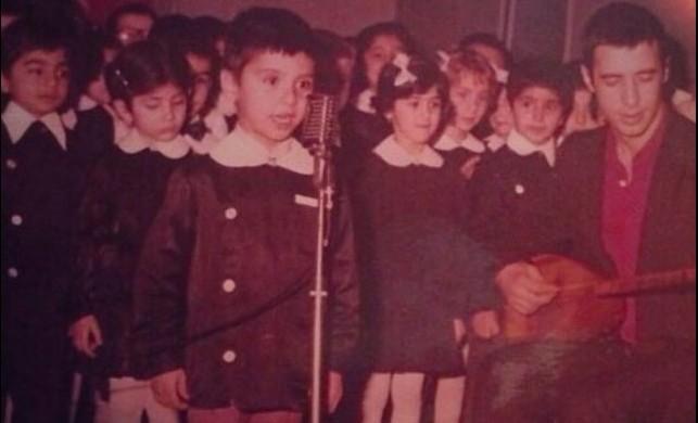 Ünlü şarkıcıyı tanıdınız mı?