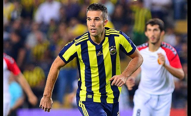 Fenerbahçe'de Robin van Persie takıma geri dönüyor