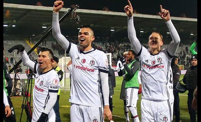 Beşiktaş darphanesi, devleri geride bıraktı!