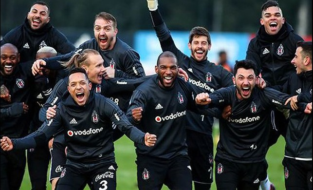 Beşiktaş'ta futbolculara Bayern Münih maçı öncesi para dopingi!