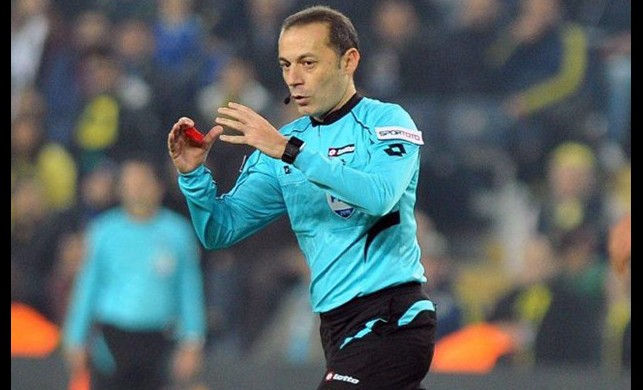 Juventus-Real Madrid maçını Cüneyt Çakır yönetecek!