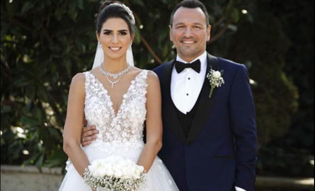 Ali Sunal ve Nazlı Kurbanzade'den düğün sonrası ilk poz