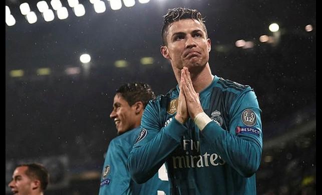 Cristiano Ronaldo, Juventus'la imzaladı!