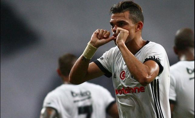 Pepe'ye bomba teklif! Maaşı belli oldu...