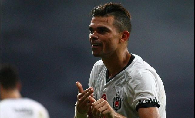 Beşiktaş'tan flaş açıklama! Pepe gidiyor mu?