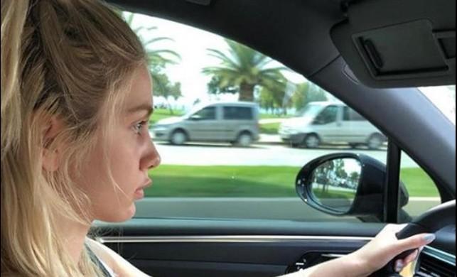 Aleyna Tilki yeni arabasıyla yollara çıktı!