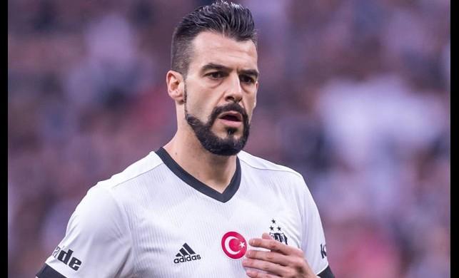 Beşiktaş'ta sıcak gelişme! Negredo'nun menajeri çağrıldı...