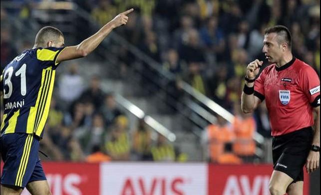 Galatasaray derbisi öncesi Fenerbahçe'de Slimani şoku!