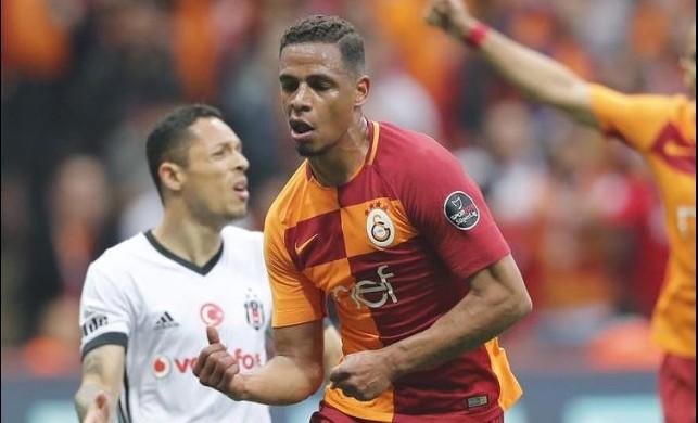 Galatasaray'a derbi öncesi kötü haber!