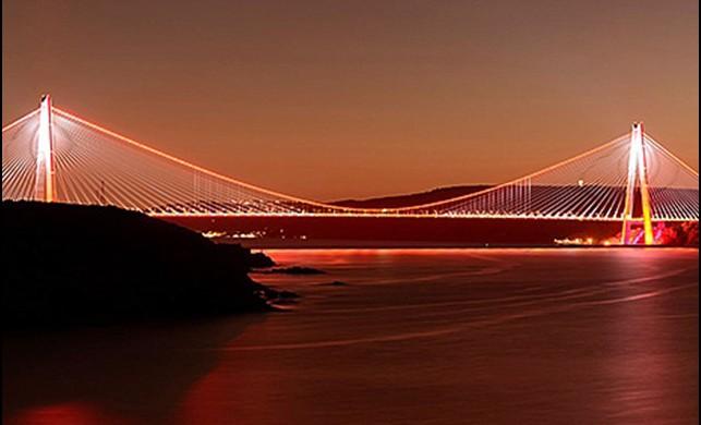 Yavuz Sultan Selim Köprüsü kadına şiddete karşı turuncu ışık yakacak!