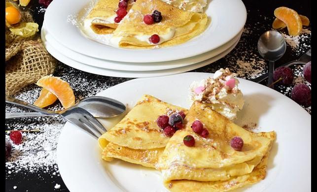 Kahvaltı Lezzeti: Yaban Mersinli Krep