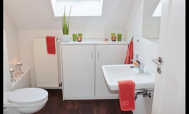 Küçük Banyolar için 10 Pratik Fikir