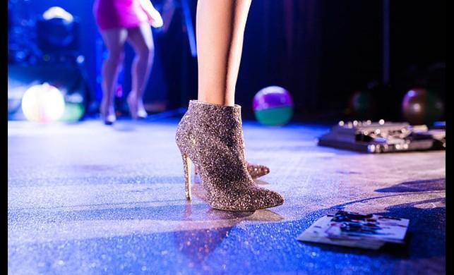 Topuklu Ayakkabıyla Nasıl Rahat Yürünür
