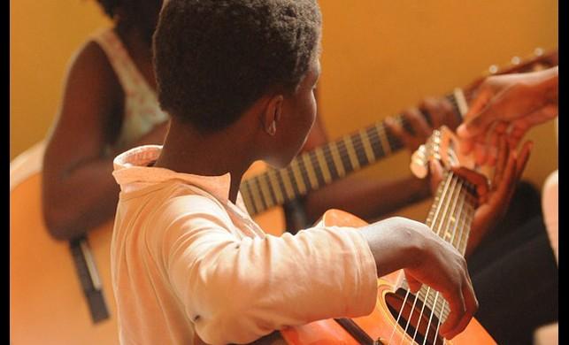 Müzik Terapisi Beyni Onarıyor!