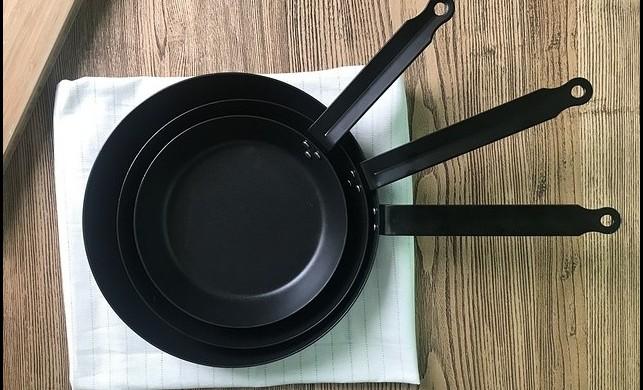 Demir Döküm Tencere ve Tavalarda Pişirilmemesi Gereken Yemekler