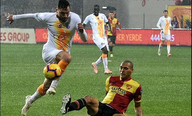 Galatasaray'a İzmir'de altın değerinde üç puan!