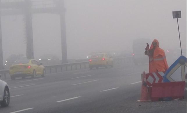 İstanbul yoğun sis altında kaldı