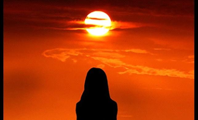 Merkür Güneşin kalbine ilerliyor..