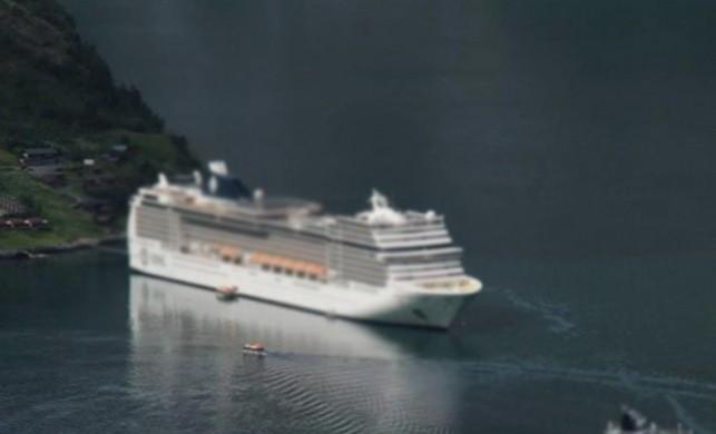 Norveç'te bin 300 kişiyi taşıyan gemi tahliye ediliyor! Norveç'teki gemi battı mı?
