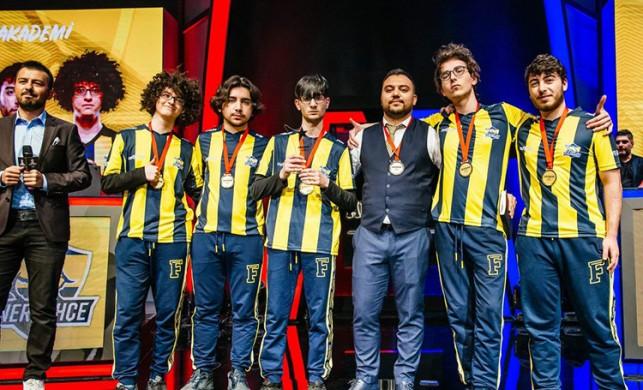 Akademi liginin şampiyonu neden 1907 Fenerbahçe oldu?