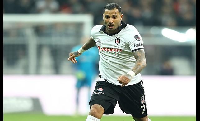 Beşiktaş Quaresma'yı takasta kullanacak!