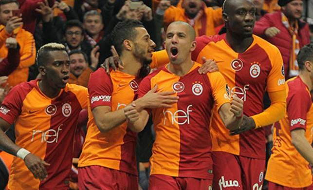 Galatasaraylı yıldız maç öncesi zehirlendi