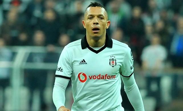 Beşiktaşlı Adriano'nun 3 yıla kadar hapsi isteniyor!