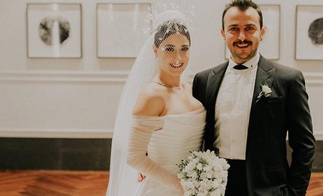 Hazal Kaya - Ali Atay çiftinden mutlu haber!
