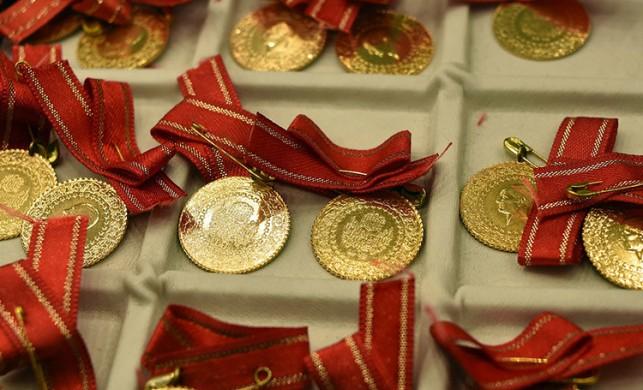 Altın fiyatları ne kadar oldu? 15 Nisan çeyrek altın ve gram altın fiyatları