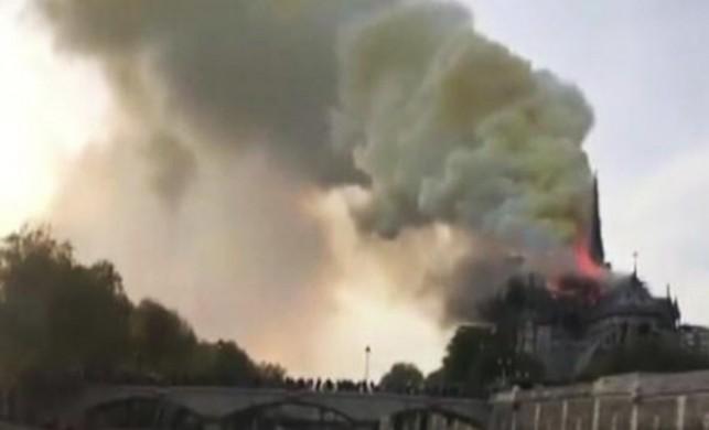 Notre Dame Katedrali'nde yangın neden çıktı? 15 Nisan 2019 Notre Dame Katedrali yangını