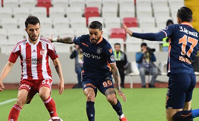 Sivasspor - Başakşehir maçı kaç kaç bitti? Sivasspor - Başakşehir: 0-0