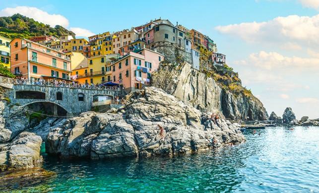 İtalya'daki 11 bin ev, internette tanesi 1 Euro'dan satışa çıktı