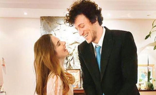 Oyuncu Müge Boz ile Galatasaraylı basketbolcu Caner Erdeniz nişanlandı