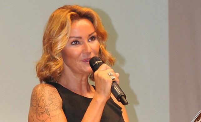 Pınar Altuğ isyan etti! 'Allah topunuzun belasını versin'
