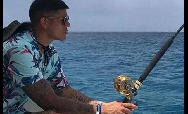 Yıldız futbolcu esrarengiz ölümlerin yaşandığı otelden ayrılmak zorunda kaldı